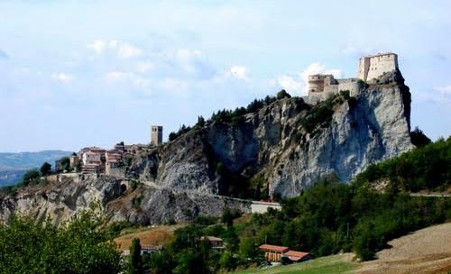 Voyage sur la côte Adriatique en Italie san leo