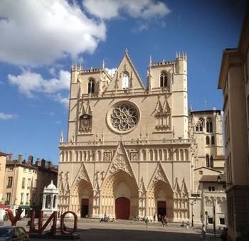 visiter_lyon_rue_saint_jean