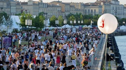 quai-Fete-du-vin-Bordeaux