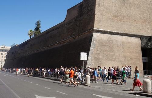 attente-musee-Vatican