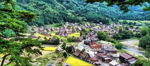 visiter-Shirakawago-takayama