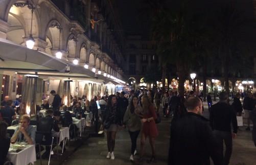 place-reial-ou-sortir-a-barcelone