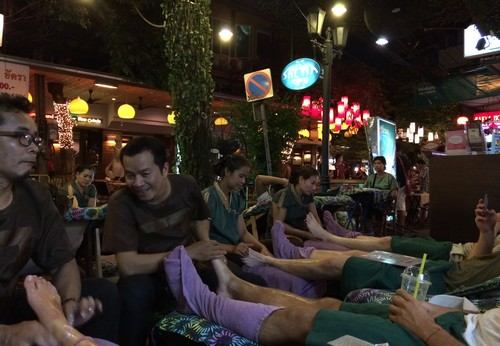 Khaosan-Road-Phra-massage
