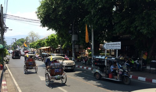 visiter-chiang-mai-tuk-tuk