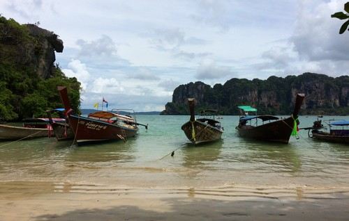 railay-bay-pirogue-point-de-depart