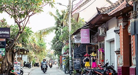 Rues-Kuta-Bali
