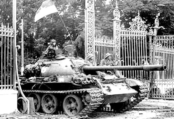 tank-palais-reunification-saigon