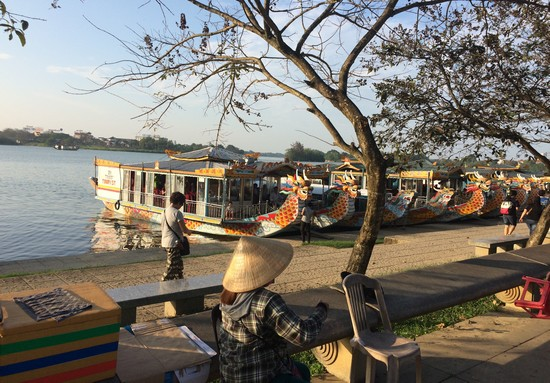 bateau-dragon-hue-vietnam
