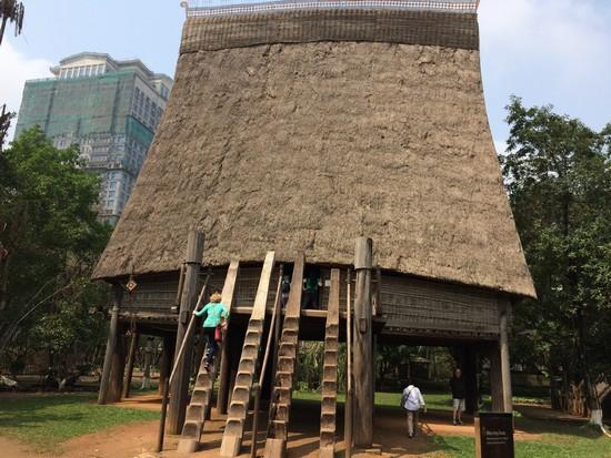 musee-ethnographie-hanoi-vietnam