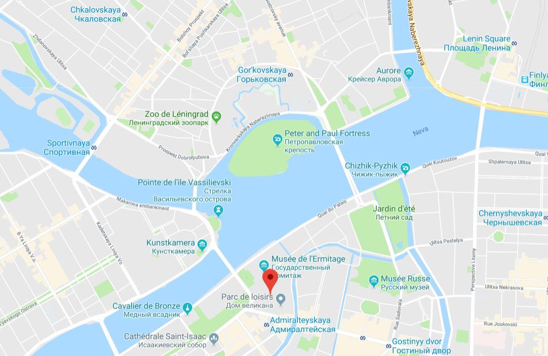 visiter-saint-petersbourg-place-du-palais-russie