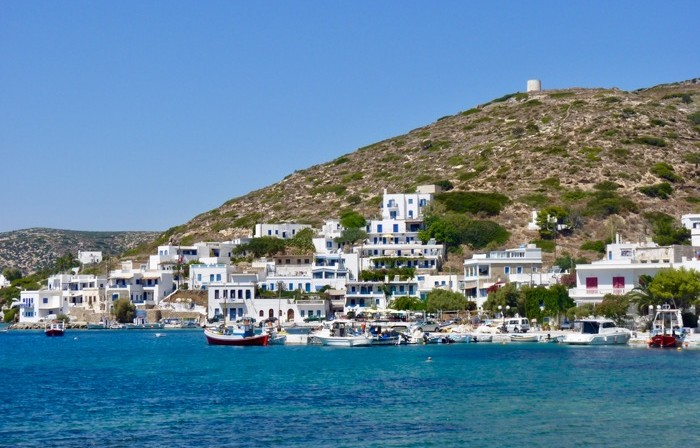 amorgos-cyclades-ferry-port-katapola