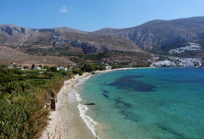 amorgos-cyclades-plage-aegiali-eaux-turquoises