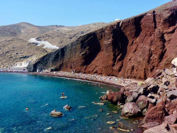 santorin-cyclades-red-beach-plage