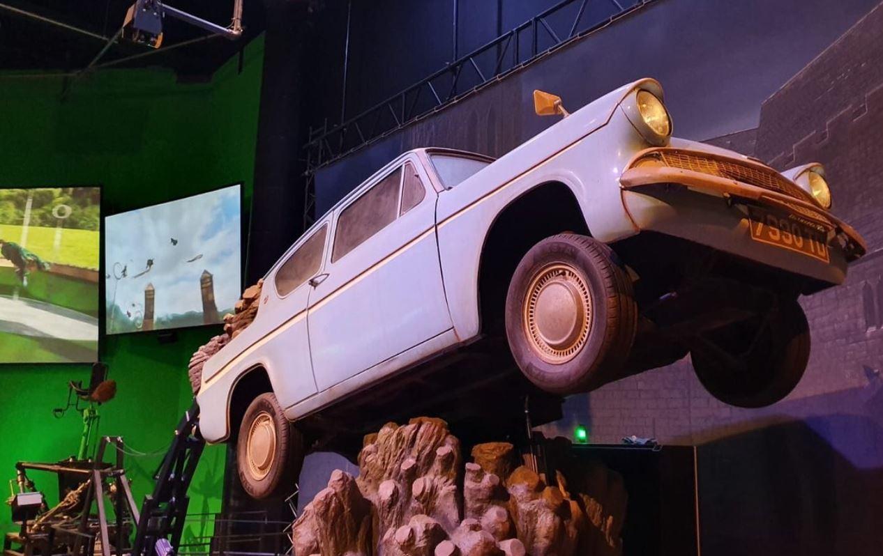 voiture-volante-harry-potter