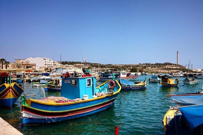 Marsaxlokk-bateau-baie