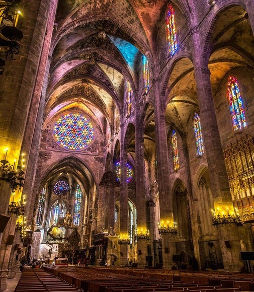 interieur-cathedrale-palma