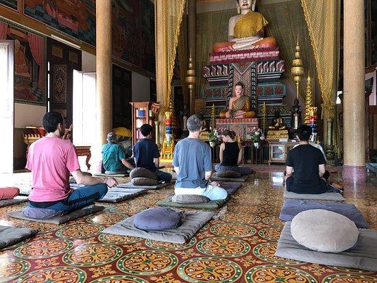 meditation-wat-langka-cambodge-phnom-penh