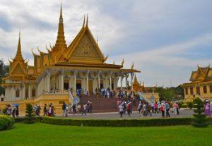 Visiter Phnom Penh et où dormir à Phnom Penh