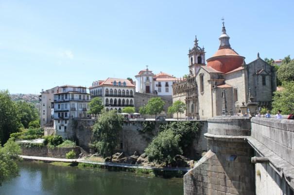 Eglise-Amarante-pont