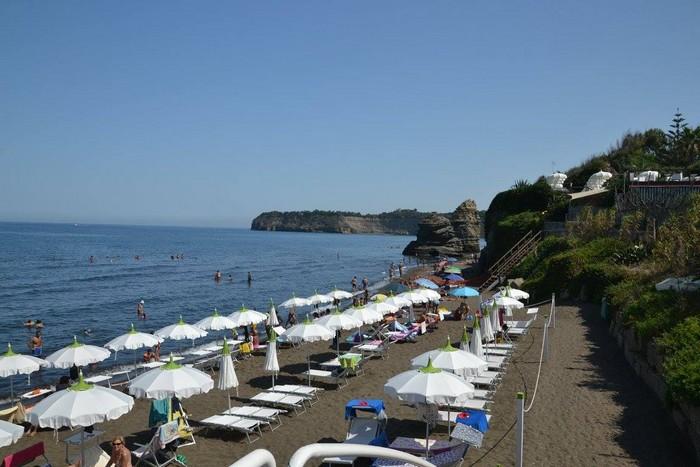ile-Procida-plage