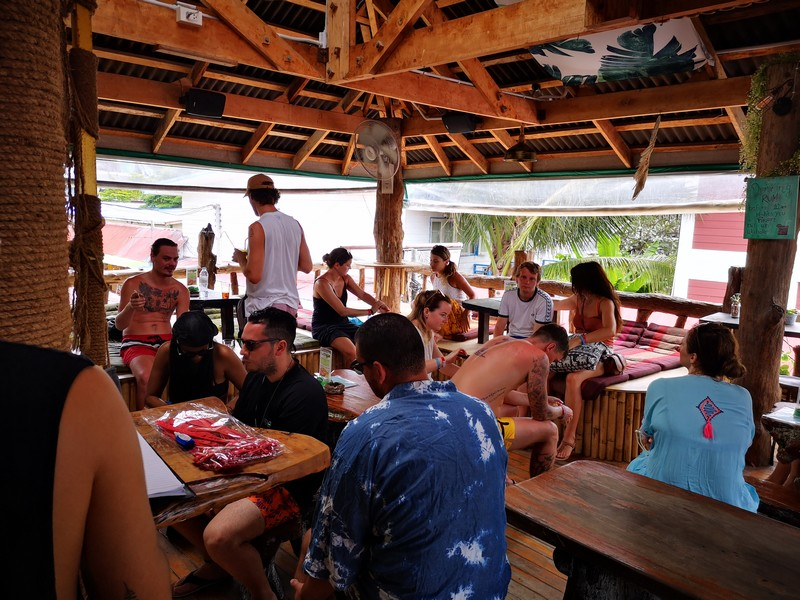 tree-house-bar-koh-phi-phi