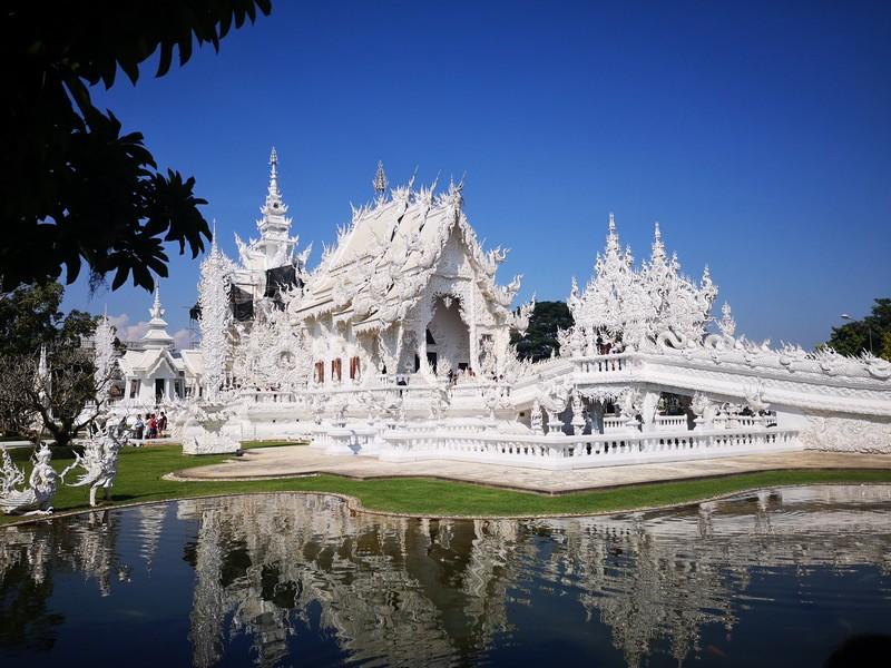 visite-temple-blanc-chiang-rai