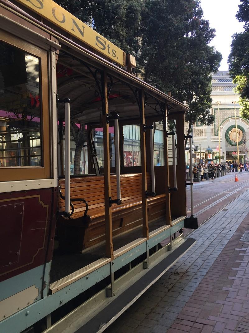 san-francisco-metro-tram