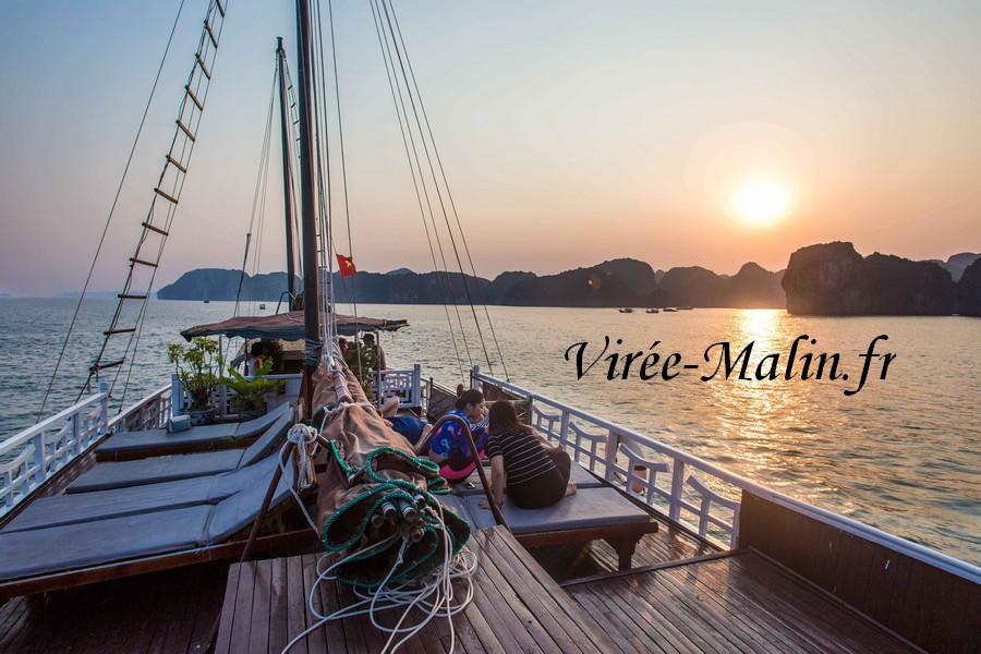 excursion-bateau-depuis-cat-ba-halong-baie