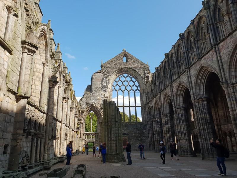 Holyrood-Palace-Edimbourg