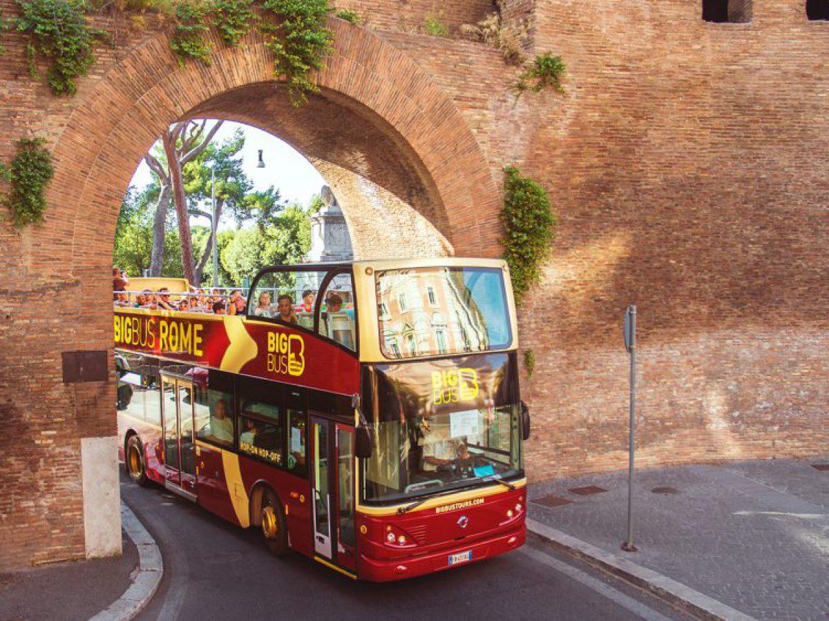 Rome-circuit-touristique-bus