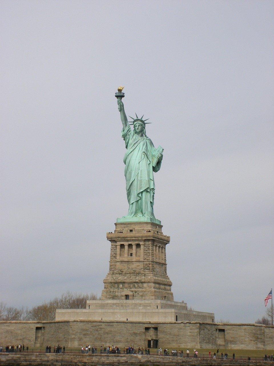 billet-coupe-file-ferry-statut-de-la-liberte
