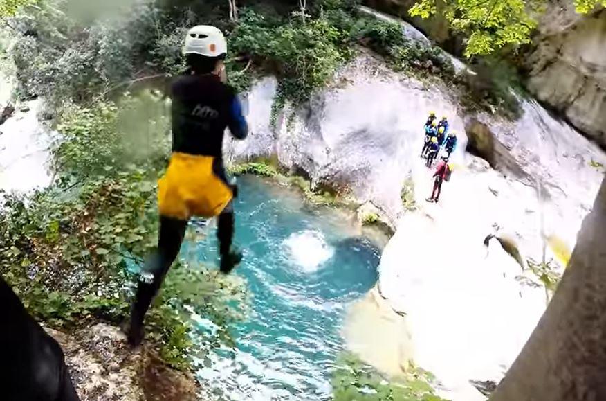 activite-nautique-alpes-maritimes-canyoning