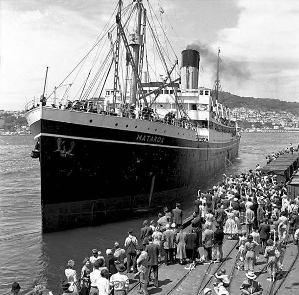 histoire-bateau-mataroa-contact-famille