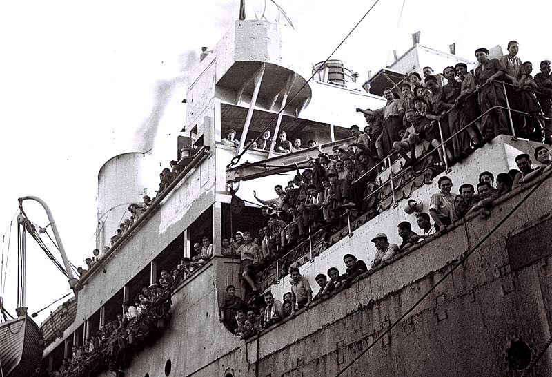 mataroa-bateau-1945