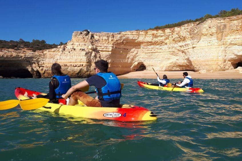 kayak-benagil-cave
