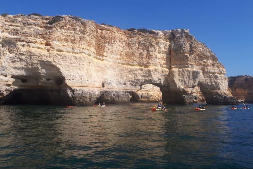 kayak-cave-benagil-information