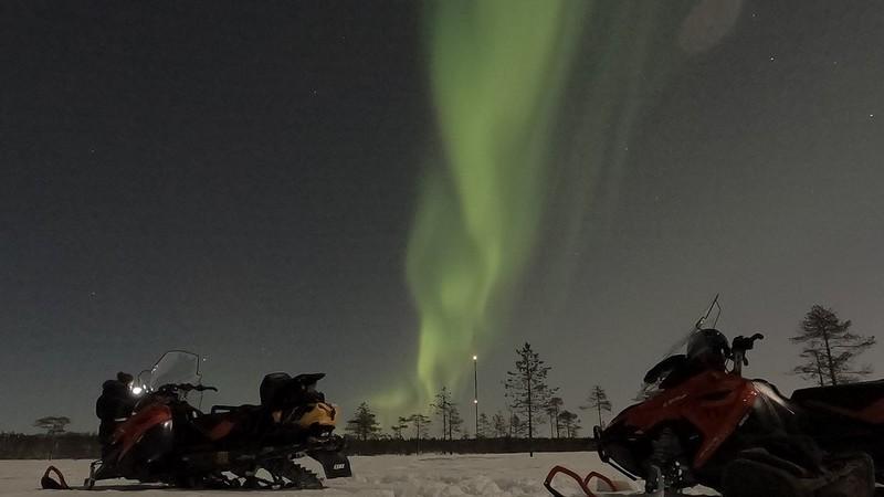 voir-aurore-boreale-avec-guide-francais-rovaniemi