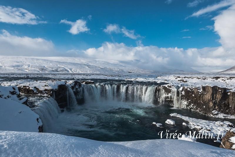 chute-des-dieux-Godafoss-islande