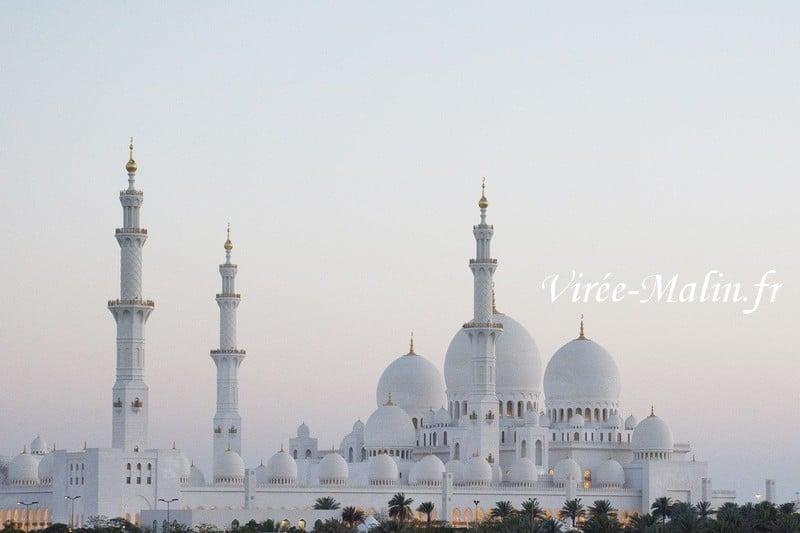 la-grande-mosquee-Abu-Dhabi