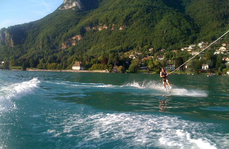 Coaching-Initiation-Wakeboard-Wakesurf-annecy