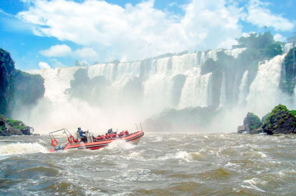bateau-chute-iguacu