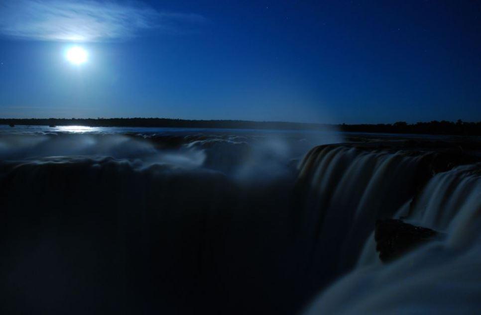 chutes-iguazu-pleine-nuit-excursion