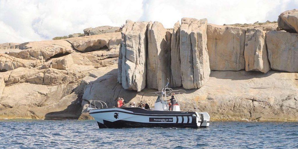excursion-bateau-calvi-roche-corse