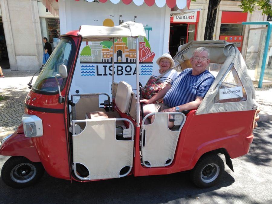 lisbonne-Baixa-Chiado-Bairro-Alto-en-tuktuk