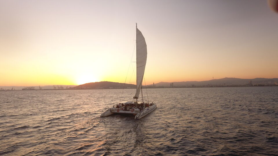 sortie-mer-catamaran-barcelone