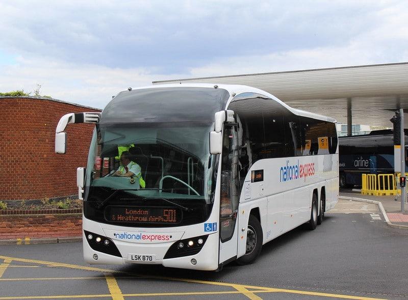 transfert-en-bus-heathrow-aeroport-londres
