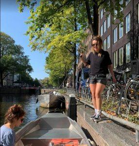 activite-bateau-amsterdam-apero-5f84310518713