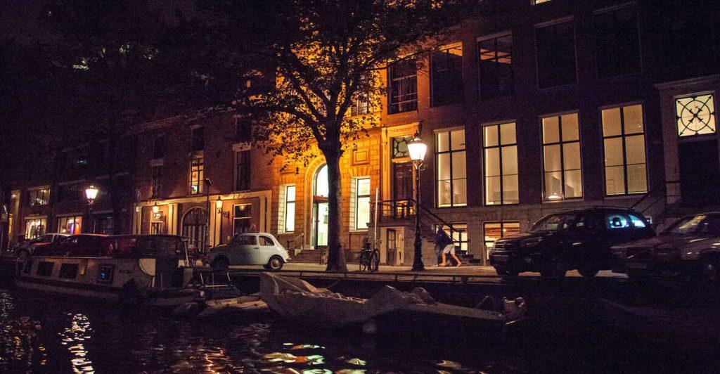 activite-bateau-amsterdam-de-nuit
