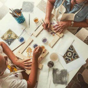 activite-lisbonne-atelier-azulejo-evjf