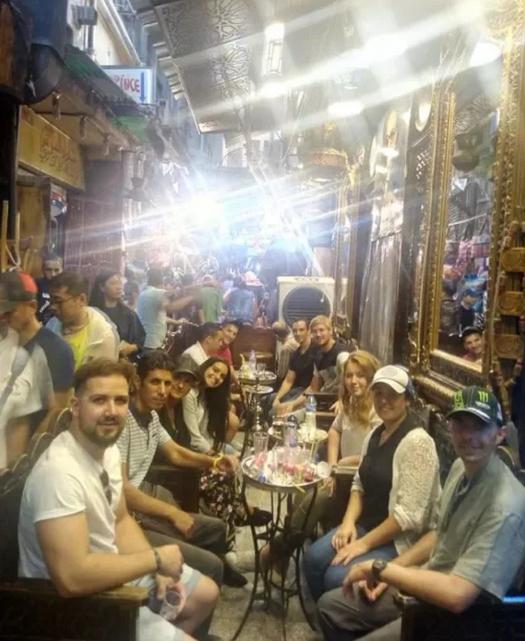 visite-guidee-en-francais-caire-souk-kahn-el-khalili-cafe